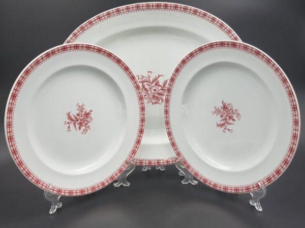 Набор тарелки и блюдо с маркой Торгового дома I. A. Кумберга