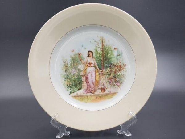 Интерьерная тарелка фабрики братьев Корниловых до 1917 г
