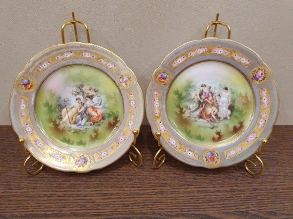 Парные тарелки с красной маркой М.С. Кузнецова до 1917 года