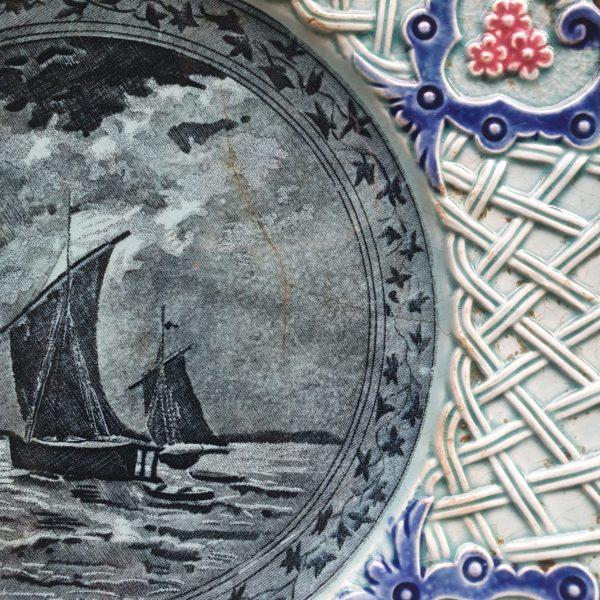 Редкая тарелка с клеймом М.С. Кузнецова 19-20 в
